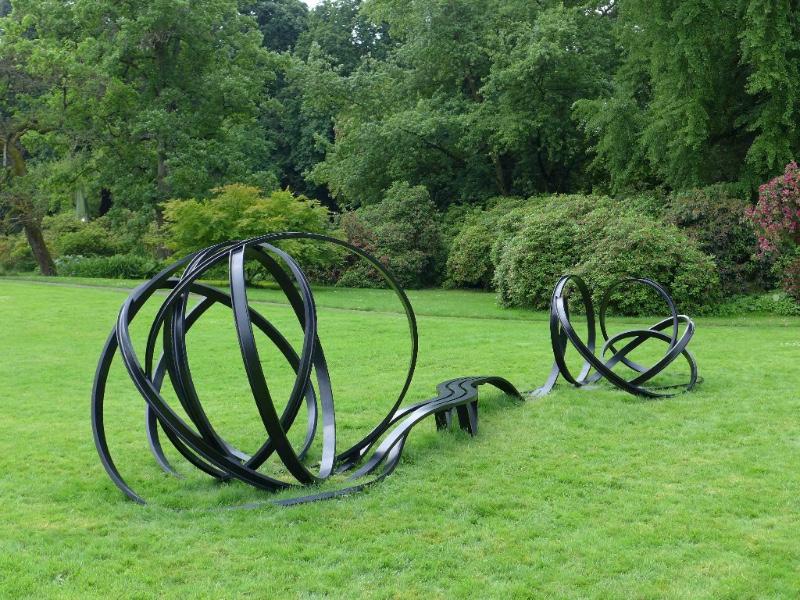Pablo Reinoso installation at Parc des Eaux Vives